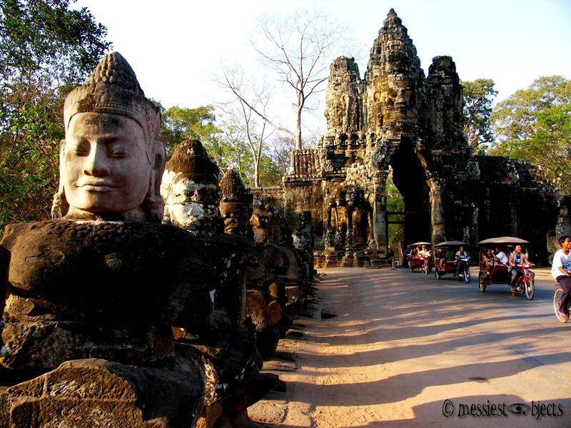 Angkor Thom03 South Gate - Churning of the Ocean of Milk Gods
