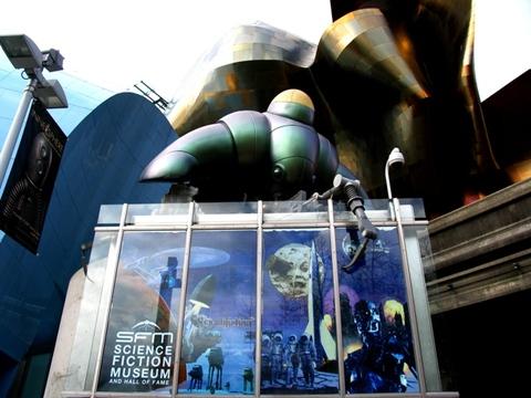 Scifi_museum_04