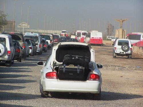 Saddam_int_airportflying_arab_later_days_1